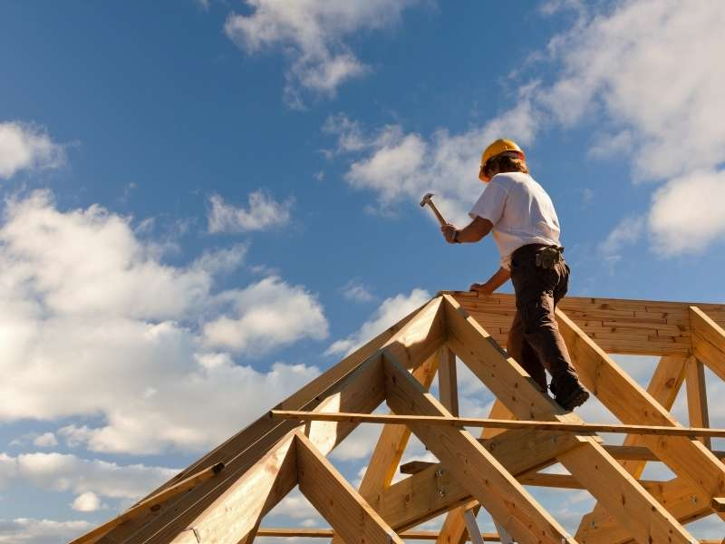 5 Reasons to Hire a Certified Roofing Company