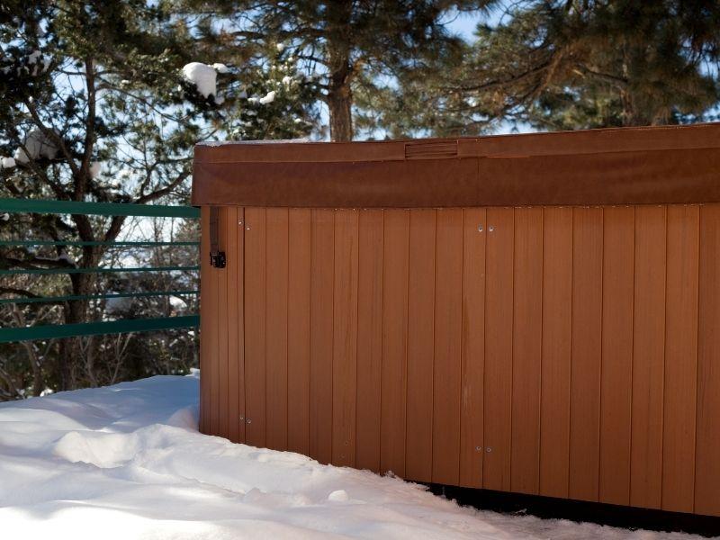 6 Steps to Winterizing a Hot Tub