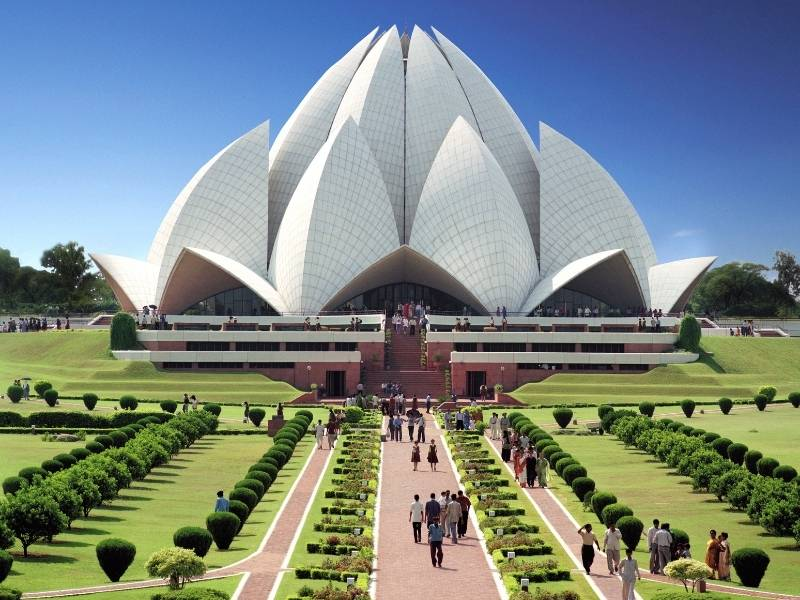 5 of the Most Impressive Structures in the Asia Pacific Region - Lotus Temple
