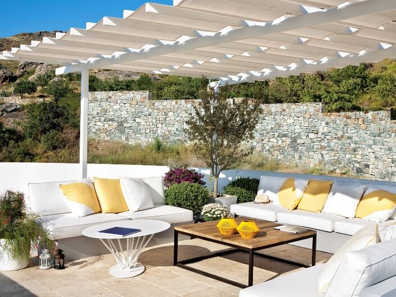 Selecting your outdoor furniture.