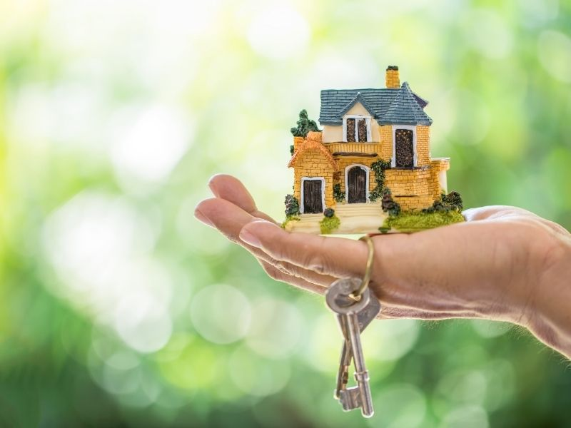 5 Tips to Prepare Your House for the Market