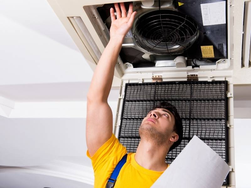 What Does an HVAC Mechanic Do