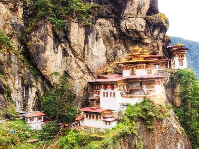 5 of the Most Impressive Structures in the Asia Pacific Region - Paro Taktsang