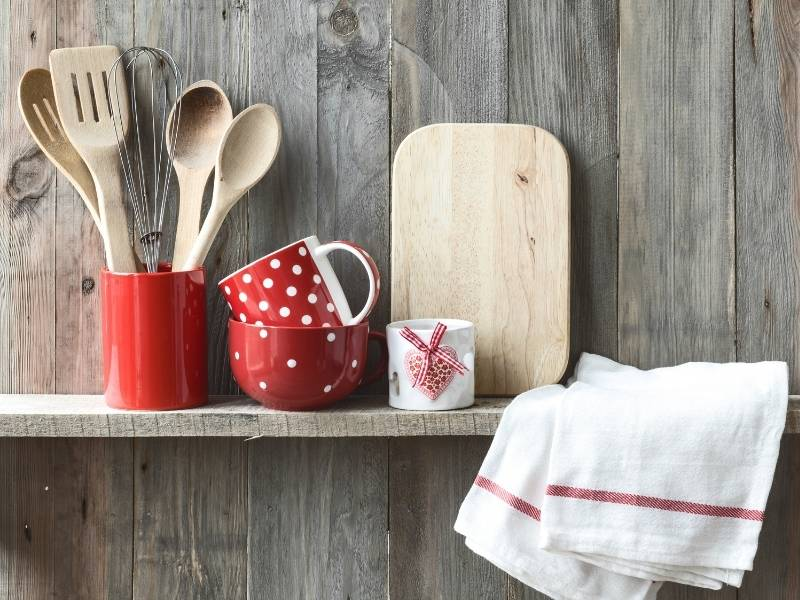 The Kitchen Design Trends in 2021 that You Will Love - Use of Reclaimed Wood
