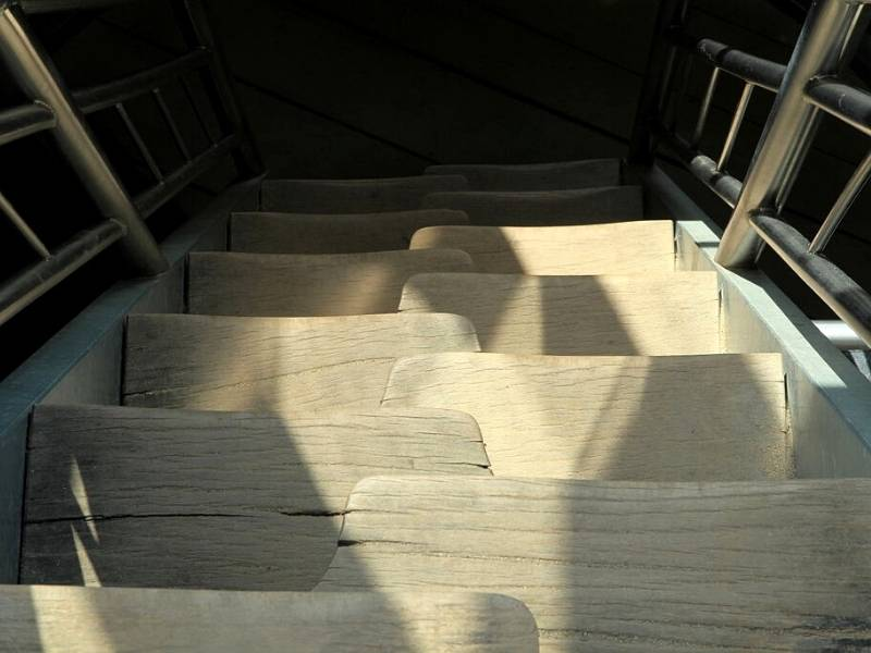 Alternating Tread Stair Design - image of wooden alternating stairs.