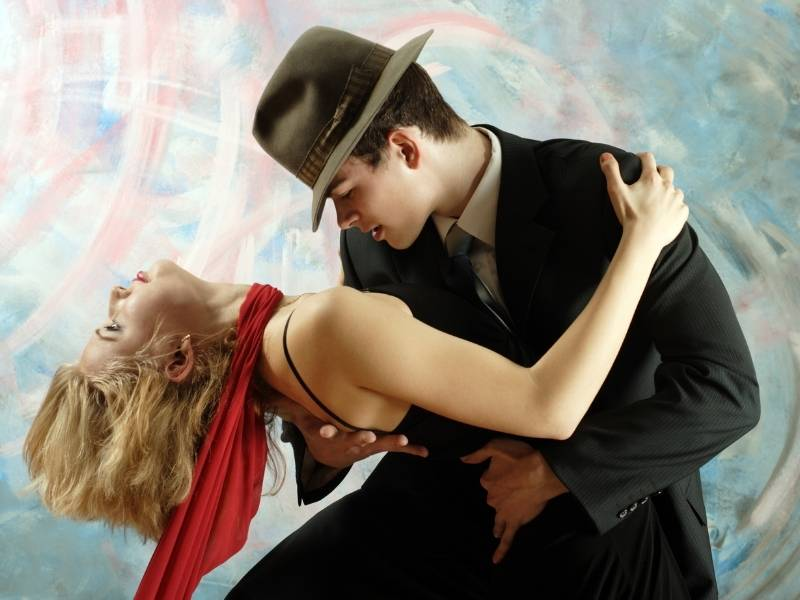 List of Winners of Strictly Come Dancing! Image of couple dancing.